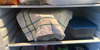 HVILEDEIG: En hviledeig skal stå og heve lenge. - Dekk til med plast for å hindre uttørring eller at den tar lukt fra mat i kjøleskapet, sier Lo Monaco. Så kan jo du hvile deg imens, og bake ut neste dag.