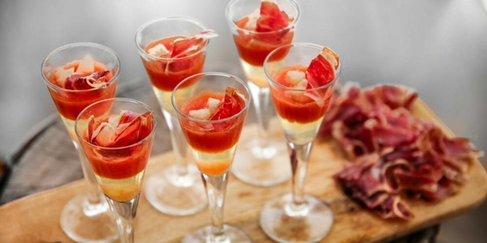 TAPAS: Pan y tomate i ny drakt.