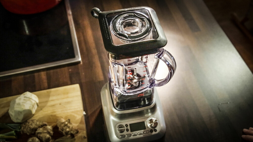 THE BOSS: Denne maskinen er både blender og varmer.