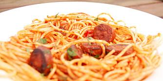 PASTA: Spagetti med pastasaus