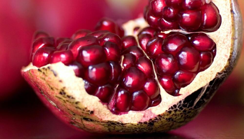 """KNASK: Granatepler inneholder massevis av små, smakfulle """"vitaminpiller""""."""
