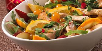 SITRUS-SESONG: Appelsinene er på sitt beste nå. Bruk dem f.eks. i en salat med kylling.