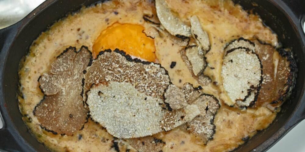 RESTAURANT I PROVENCE: En lekker panne med brouillade, egg som er rørt sakte rundt i vannbad, smaksatt med trøfler.