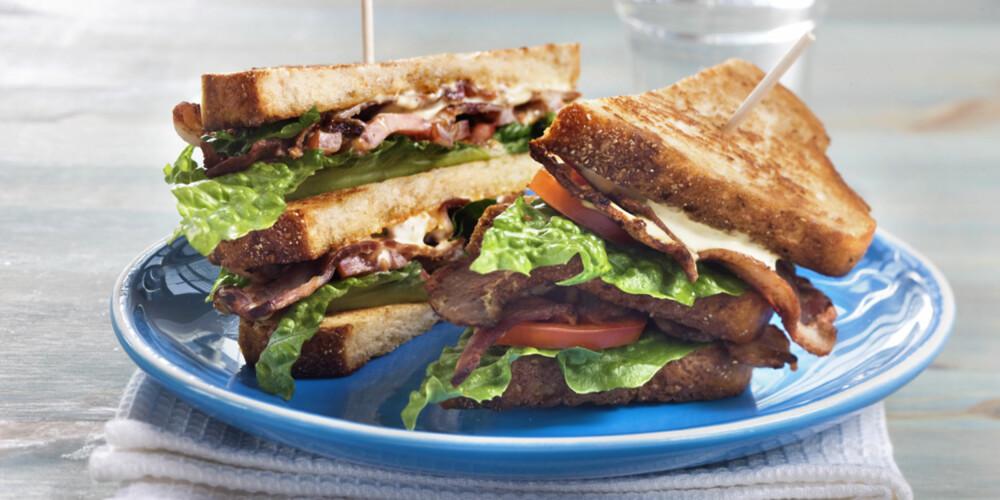 BLT: Bacon, lettuce, tomato er en amerikansk sandwich som er midt i blinken for deg som er glad i bacon.