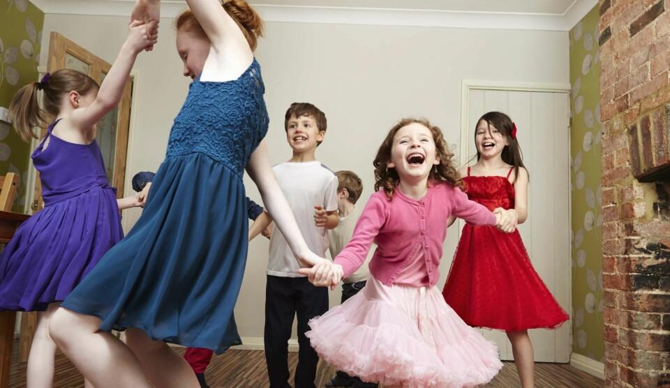 BURSDAGSLEKER: Stoppdansen er en sikker vinner for barn på 7, 8 og 9 år.
