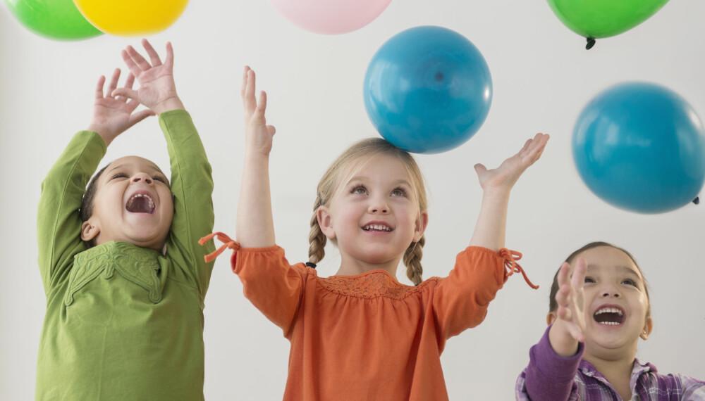 """BARNEBURSDAG 2-3 år: - For de helt minste er det unødvendig med barneselskap, mener Erika Ravne Scott, som har skrevet doktoravhandling i """"Bursdag! En samtidsstudie av fødselsdagsselskapet som rituell handling"""". Foto: FOTO: Getty Images"""