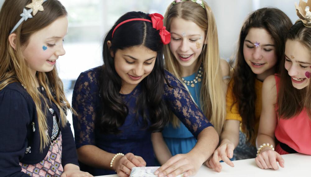 """TIPS TIL BARNEBURSDAG 10-13 ÅR: 10-11 årsalderen vil gjerne barna ut av den alle-inkluderende """"tvangstrøyen"""" og mange ønsker istedet å invitere få utvalgte venner i stedet. Foto: FOTO: Getty Images"""