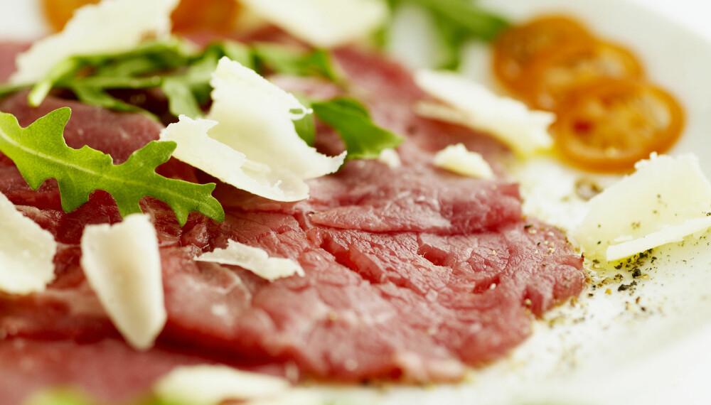 CARPACCIO: Rått kjøtt kan inneholde toksoplasma, etter å ha vært i kontakt med avføring. Derfor er biff tartar ikke å anbefale til de utsatte gruppene - og det samme gjelder carpaccio.