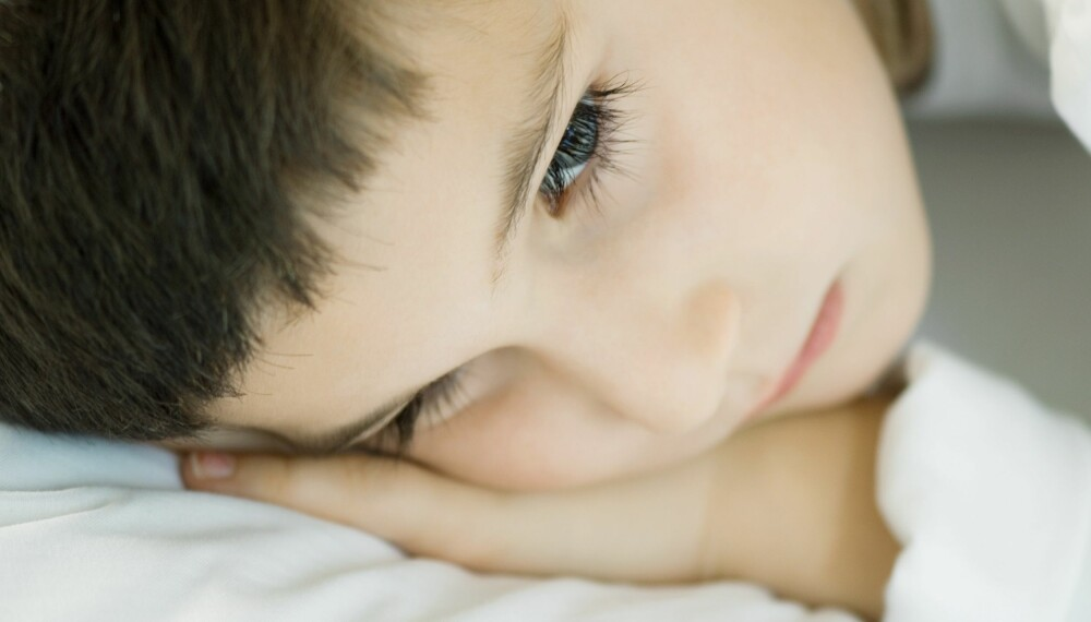 BARNEMIGRENE: Migrene hos barn kan ha helt andre symptomer enn hos voksne. Foto: Colourbox.