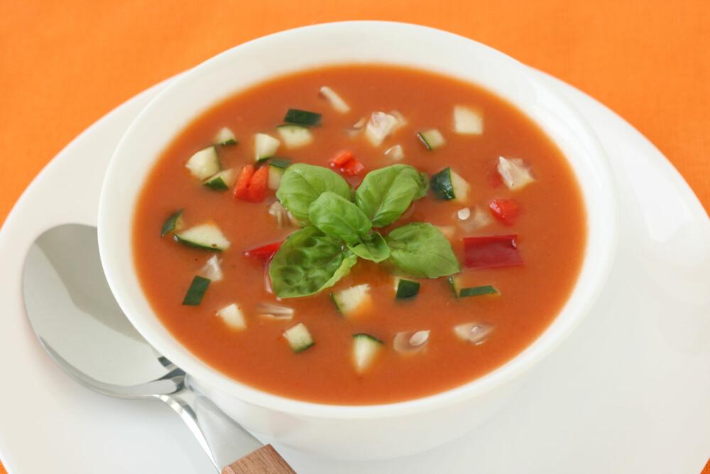 TOMATSUPPE: Fristende tomatsuppe er en god middagsrett.