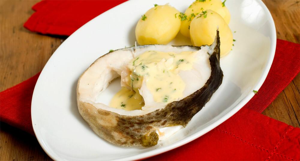 LUKSUS I HVERDAGEN:Torsk med mandelpoteter og kjempegod saus.