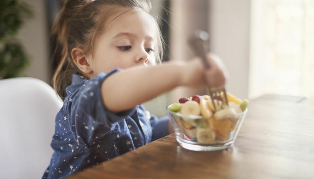 ENERGIRIK MAT: Aktive barn trenger påfyll av energirike mellommåltider etter skolen.