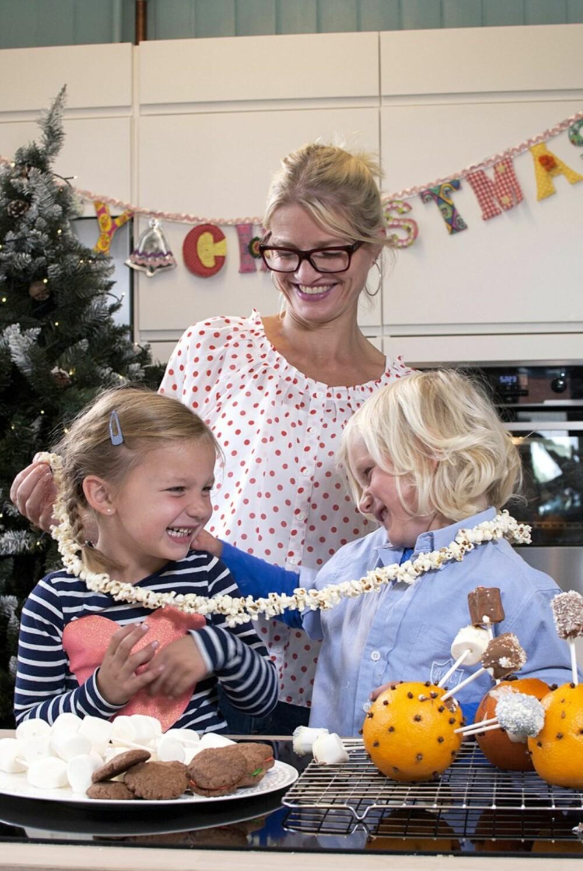 FØRJULSTID MED DE MINSTE: Lag julegodterier sammen med barna