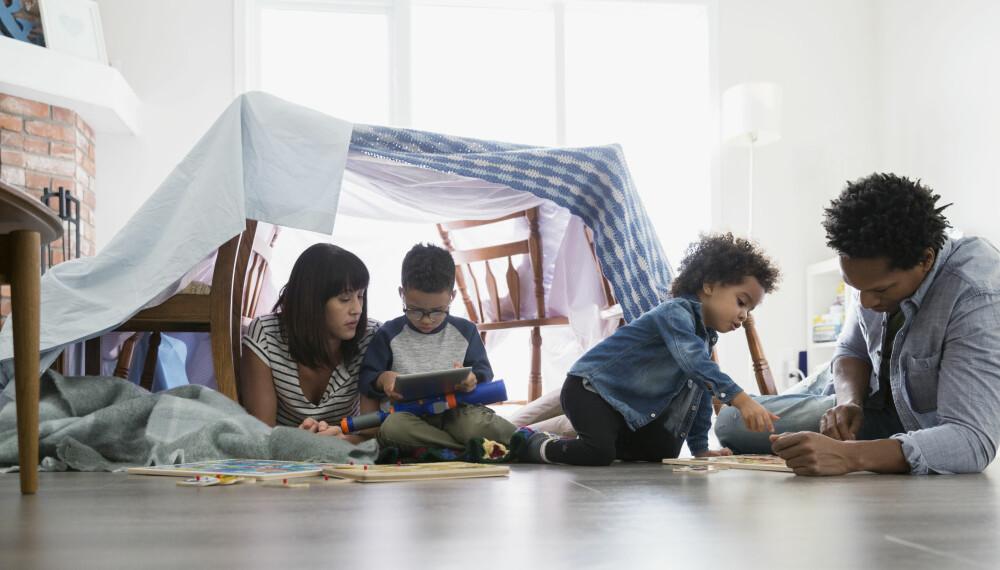 TING Å GJØRE MED BARNA I HELGEN: Det finnes alltid gode grunner til å finne på noe morsomt med barna i helgen. Her finner du 13 tips.