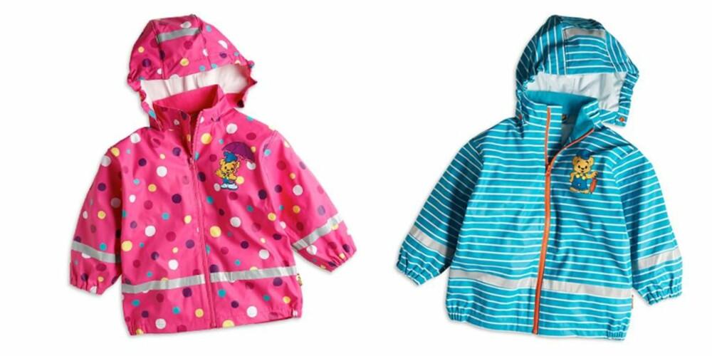 DOBBELT OPP: Skal lillesøster arve storebrors blå regnjakke eller få sin egen søte rosa? FOTO: Lindex
