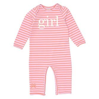 FØDT ROSA: Svært mange finner i dag ut om babyen i magen er gutt eller jente. Det gjør at selv fra nyfødt-størrelse deles klærne på rosa og blått. FOTO: No Added Sugar