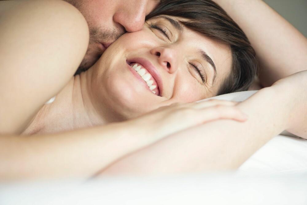 All god sex handler om å slippe kontrollen, mener sexolog Siv Gamnes. Det gjelder spesielt hvis du ønsker en orgasme. Når du er anspent slår nemlig stresshormonene inn, og det blir umulig å nå klimaks.