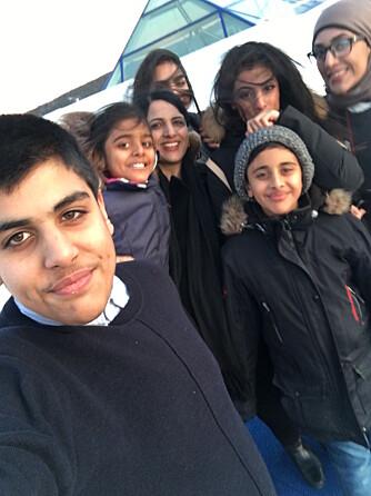 MED BARNA: Ali Hamza, Bilal, Tehrim, Siddra, Halima og Fatima.
