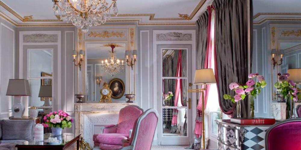 DYRT OG DEILIG: Det er ikke mange hoteller som oser av luksus på samme måte som Hotel Plaza Atheene i Paris gjør.