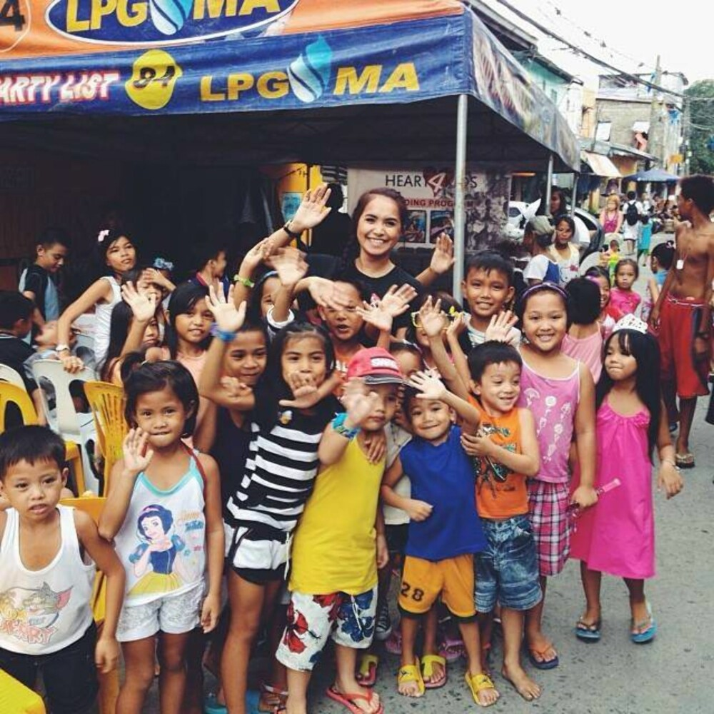 GIR TI LBAKE: – En dag kjente jeg at det var på tide å gi noe tilbake til de flotte menneskene på gaten i Manila, sier Cechell.
