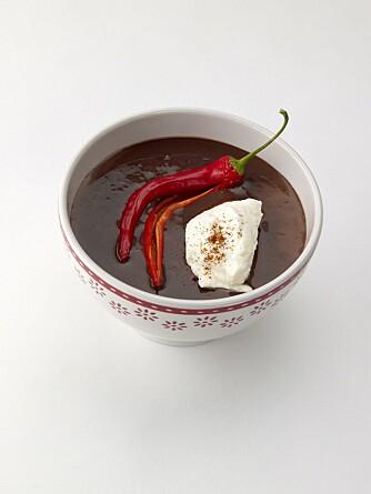 KAKAO MED CHILLI: Å tilsette litt chilli i kakaoen gjør den eksotisk og annerledes. Foto: Opplysningskontoret for Meieriprodukter (Melk.no).