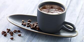 KAKAO MED KAFFE: Kaffe og sjokolade utgjør den herligste kombinasjon. Foto: Opplysningskontoret for Meieriprodukter (Melk.no).