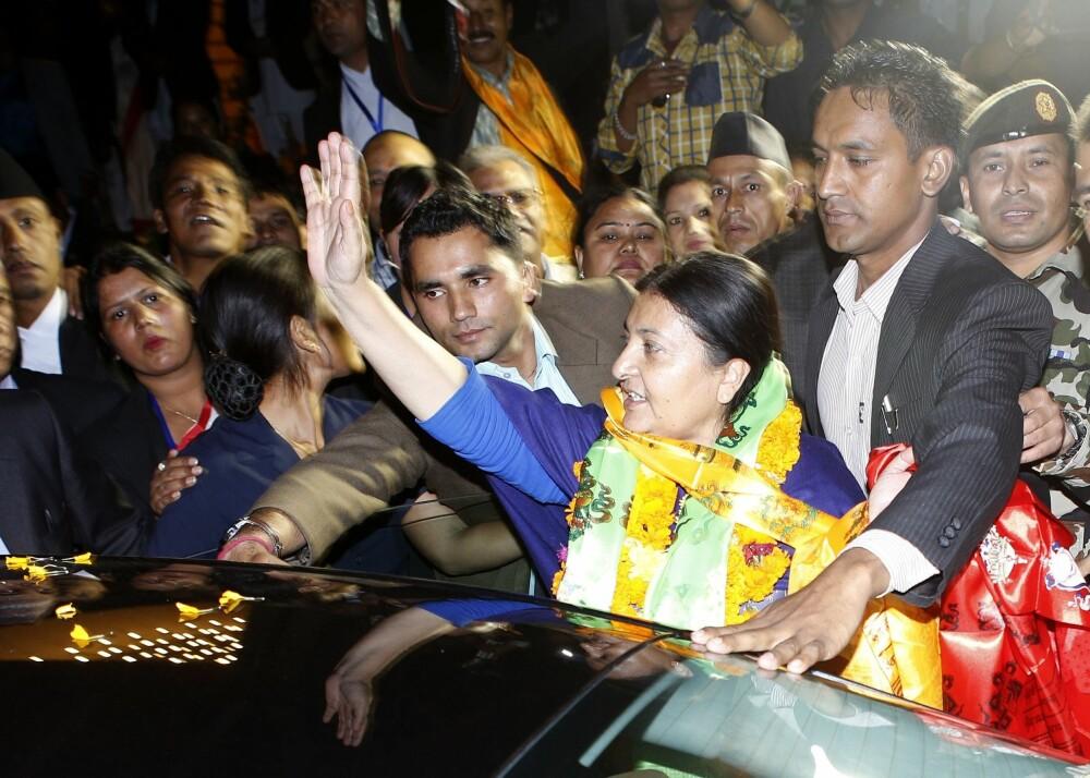 PRESIDENT I NEPAL: Bidhya Devi Bhandari ble tidligere i år valgt som president i Nepal for kommunistpartiet i landet. Hun gikk til valg på at hun ville sikre kvinners rettigheter under den nye grunnloven.