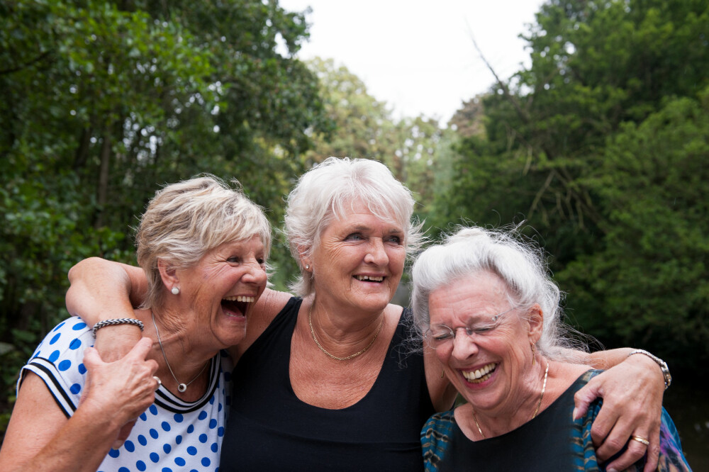 LEVER LENGRE: Levealderen øker mange steder i verden. I Norge kan nå hver tredje jente forvente å bli over 90 år.