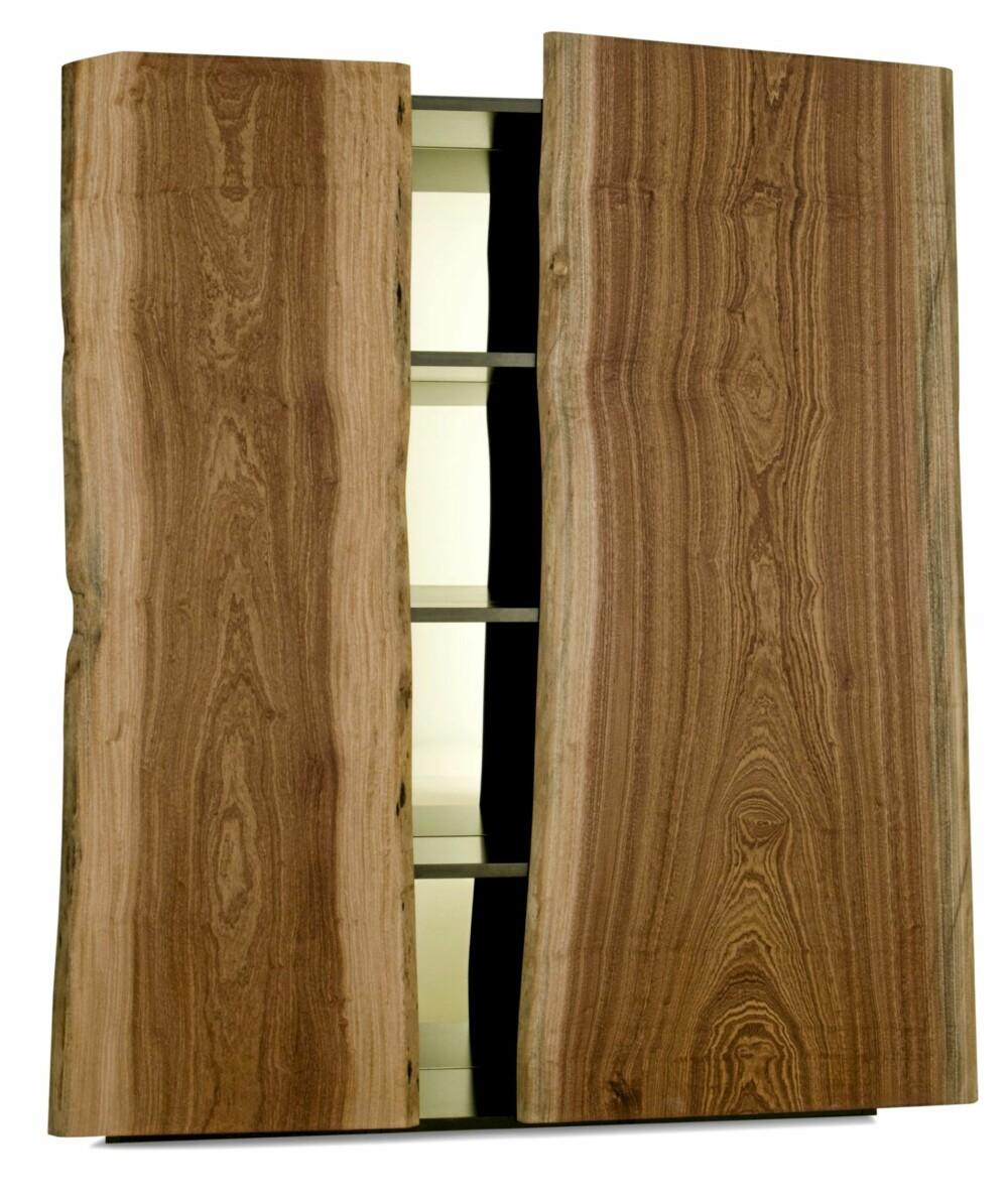GROV PLANK: Garderobedørene Italian Landscapes fra Edra består av hele planker.
