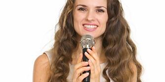 IKKE VÆR NERVØS: Du fikser glatt å holde en flott tale i bryllupet så lenge du tar til deg gode tips, øver noen ganger og vet hva du skal droppe.