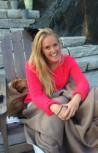 OPERERTE PUPPENE: Karoline Tandberg (22) fjernet ett kilo fett fra brystene i sommer. FOTO: Privat