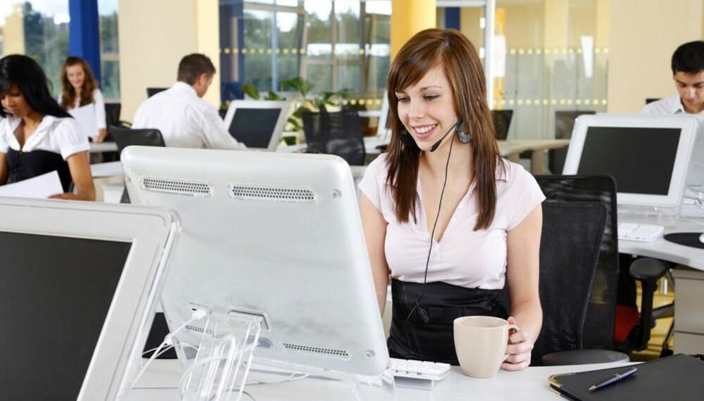 TANKEN ER GOD: Mange trives i åpne kontorlandskap, men flere undersøkelser viser samtidig at sykefraværet økes som følge av denne måten å jobbe på.