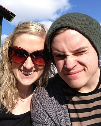 GOD FAMILIE: Med støttende familie og et godt nettverk rundt seg, har Kristin klart å kjempe seg tilbake til hverdagen. Her er hun med broren Runar.