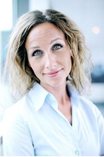 BERIKER LIVET: Psykolog Kari Wierød mener det er viktig å bevare gode vennskap, fordi det gir gode psykiske effekter.