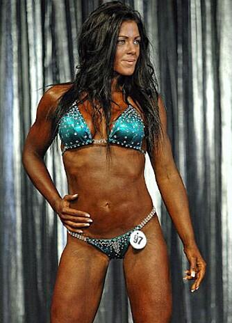 KONKURRERER: Denne våren har hun deltatt på to Fitness-konkurranser, Andrea tar også sikte på å delta i NM i oktober