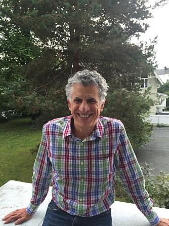 HJELP MOT ORTOREKSI: Doktor Steven Bratman introduserte begrepet på 90-tallet. Her er han på besøk hos Villa Sult - Institutt for spiseforstyrrelser i Oslo.