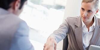 FARGER: Hvilke farger du kler deg i på et jobbintervju, kan si mer om deg enn du kanskje tror.