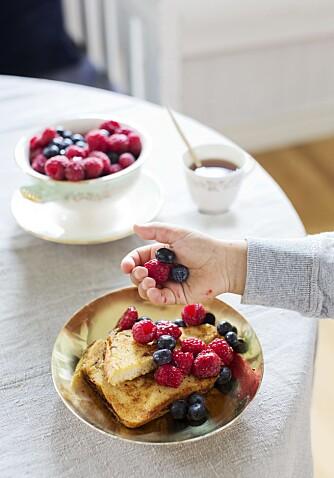 KNALLDESSERT: En kjempegod dessert som er en fulltreffer for både voksne og barn.