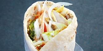 SUNN FERDIGMAT: Du kan gjøre kebaben sunnere ved å tilsette mer grønt og mindre dressing og olje. ILLUSTRASJONSFOTO: Colourbox