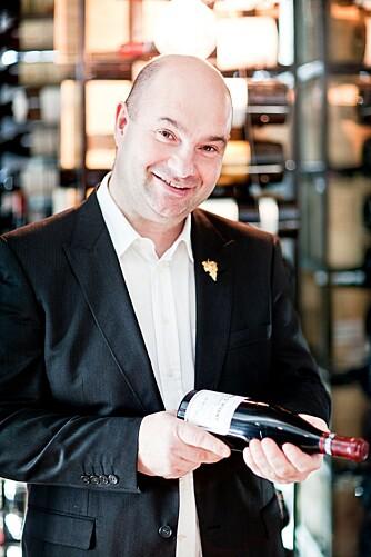 VINSMAKER: Svein Lindin, Sommelier og innehaver av In Vino Veritas vinkurs.