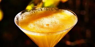 MUSSERENDE OG JUICE: Én måte å lære seg å like musserende vin på er å blande 50/50 musserende, for eksempel Cava, med appelsinjuice. Drinken passer også perfekt som velkomstdrink.