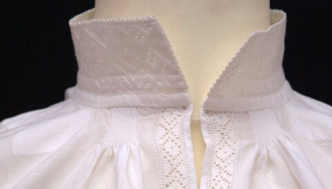 hvordan stryke bunadskjorte