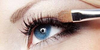 DROPP DETTE: Kalde farger hører med til vinteren, mener makeupartistene.