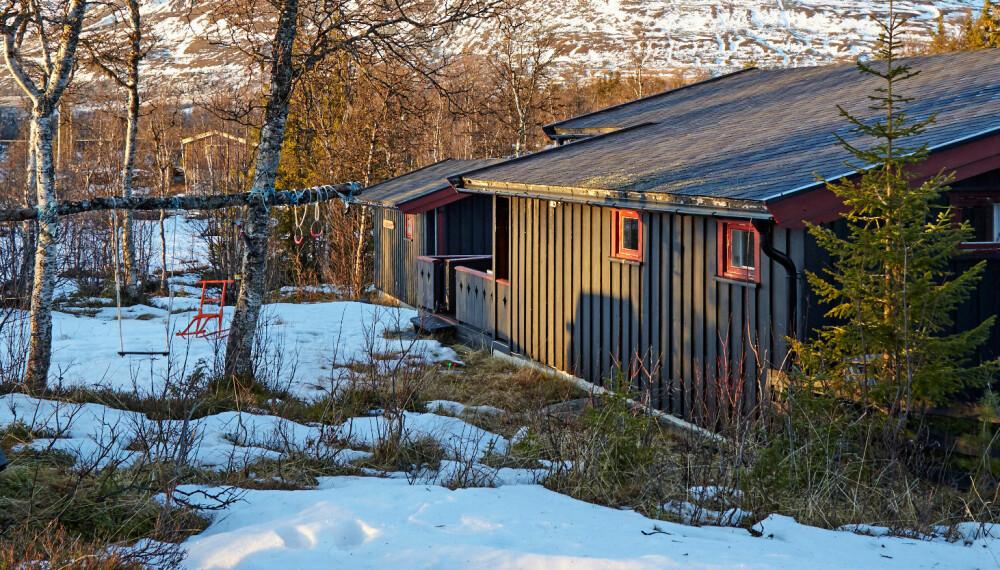 LYKKEN PÅ LYKKJA: For Anette Hokholt Asp er lykken å ha hytte under Skogshorn i Lykkja, et sted hun har vokst opp med.