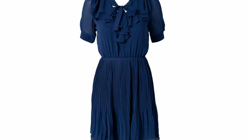 888432bc KLASSISK: Denne kjolen kan du dresse opp og ned akkurat som du ønsker.