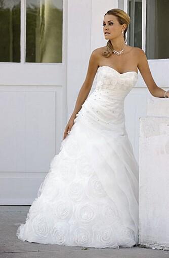 TIDLØS TREND: Drapering i livet vil bestå som en tidløs trend på brudekjoler, mener Hege Brenden ved Eden Brud AS.
