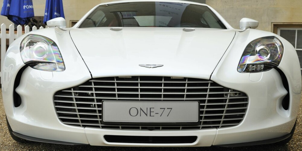 HEMMELIG BIL: Ingen journalister skulle egentlig få kjøre One-77, men Top Gear har gode kontakter. FOTO: Max Earey