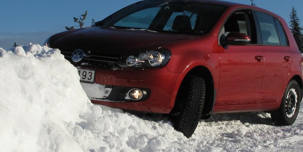 FRYKTER MEST: Norsk sjåfører er sælig redde for å miste kontrollen med bilen på vinterføret. FOTO: HM Arkiv