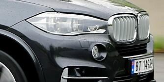OVERSKRIDER: Ifølge ICCT står tyske premiummerker for de største overskridelsene av oppgitt forbruk. BMW X5 xDrive40d har oppgitt forbruk på 0,6 l/mil, men brukte 0,91 l/mil i vår test. FOTO: Terje Bjørnsen