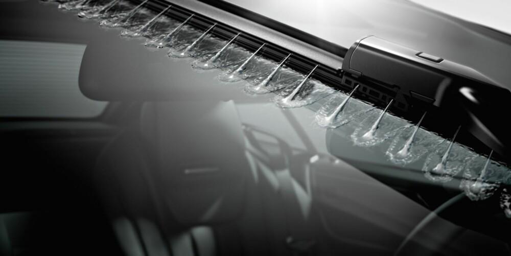 EVOLUSJON: Mercedes' Magic Vision Control. FOTO: Daimler AG